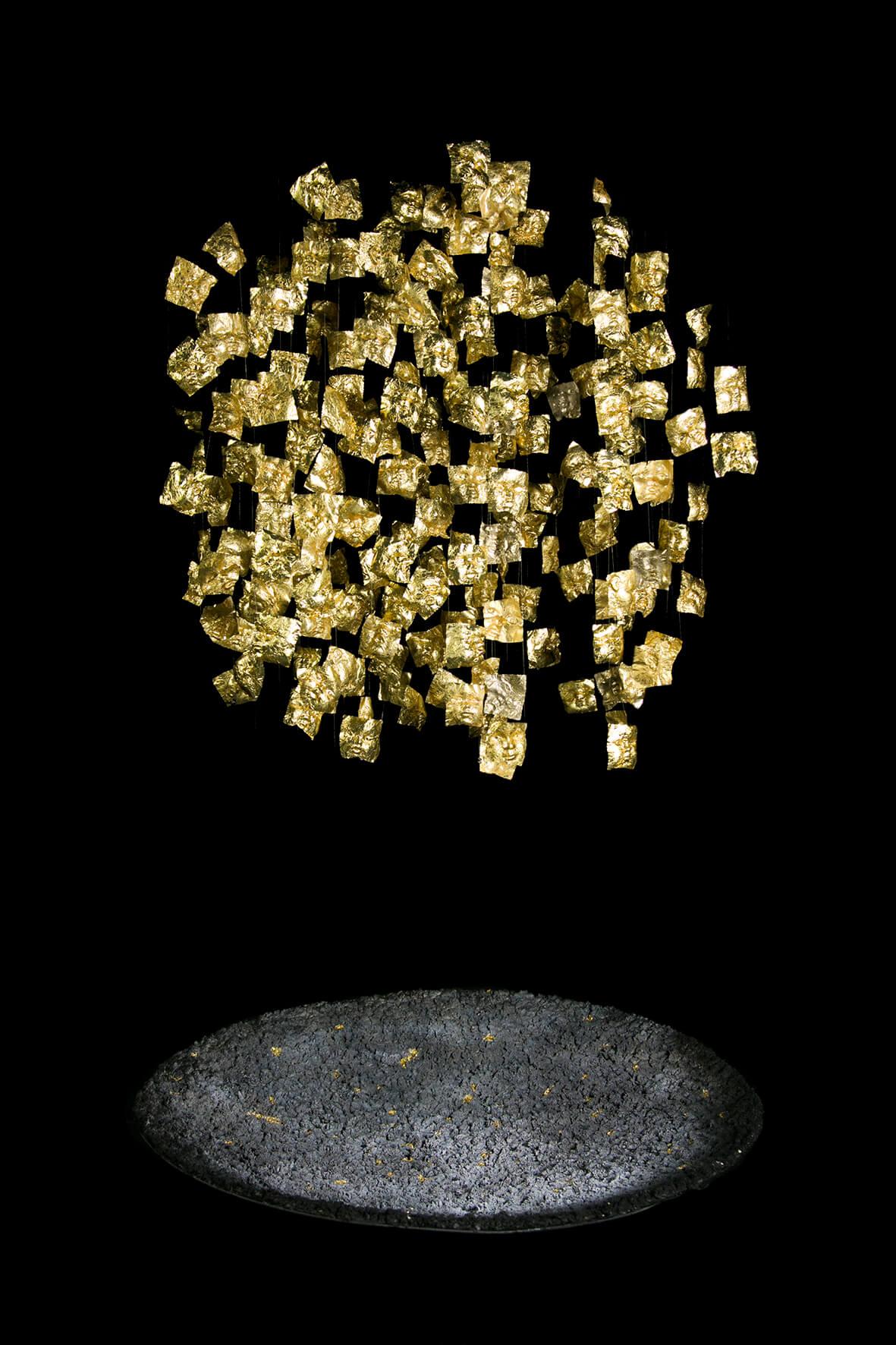 דנה בלום, הביאנלה לעיצוב במוז״א. צילום: הדר סייפן