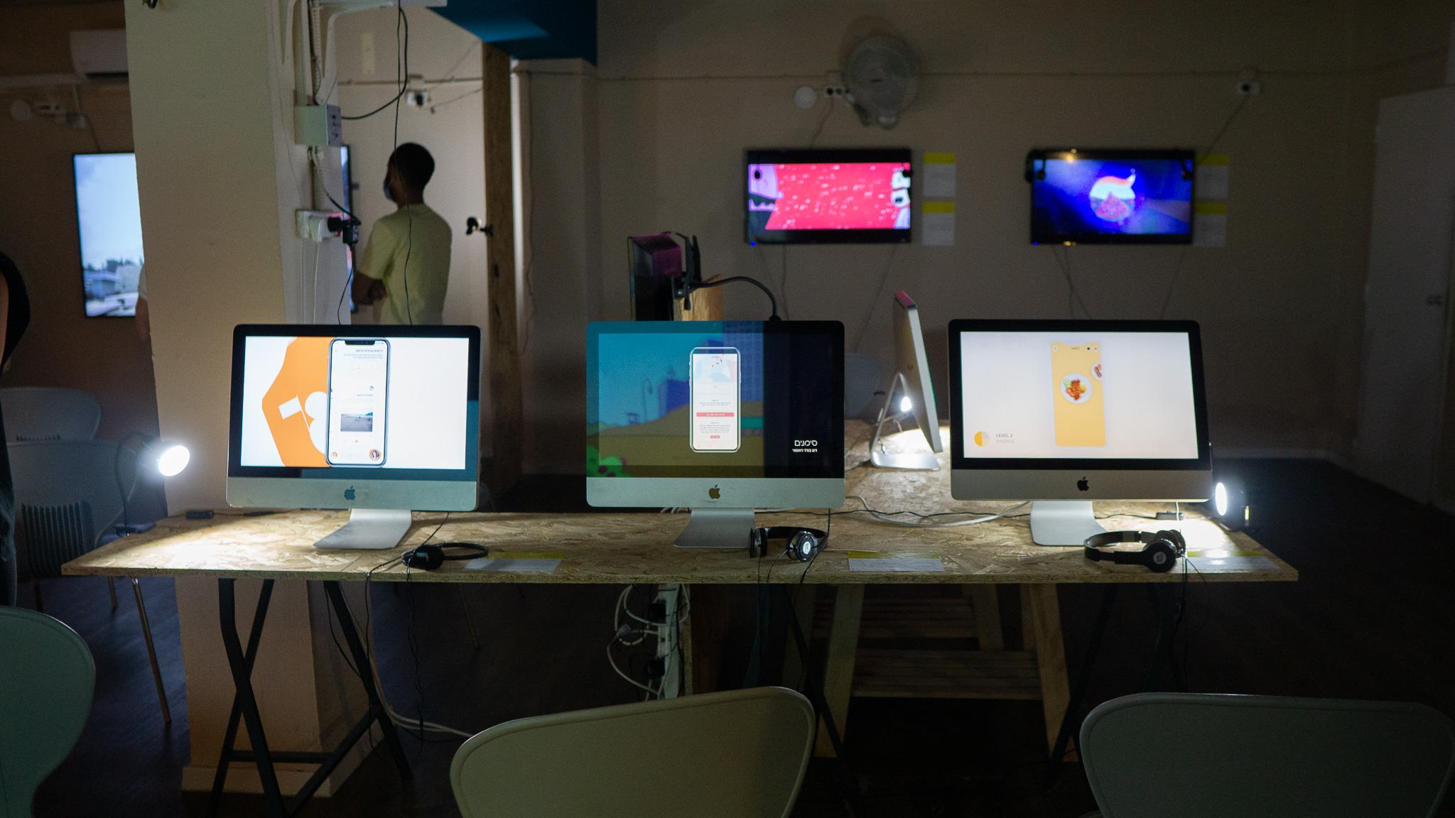 תערוכת הבוגרים של המכון הטכנולוגי חולון. צילום: טל סולומון ורדי